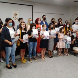 Održana Izložba slika učesnika škole crtanja i slikanja